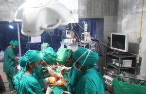 Операция при переломе шейного отдела позвоночника