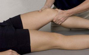Лечебный массаж при ушибе ноги