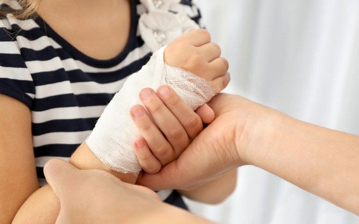Особенности лечения ушибов в домашних условиях