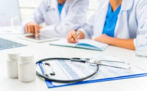 Таблетки при переломах назначаются в индивидуальном порядке