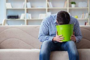 Домашние способы спровоцировать рвотный рефлекс у человека
