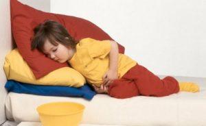 Как искусственно вызвать рвоту у ребенка