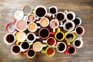 Сколько чашек кофе нужно выпить, чтобы не допустить передозировки