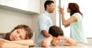 Многие психологические травмы родом из детства