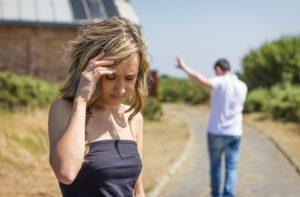 Разрыв отношений после многих лет брака провоцирует психотравмы у взрослых