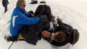 На оказание первой помощи уходят минуты, но они спасают человеку жизнь