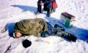 При замерзании категорически нельзя пить спиртное